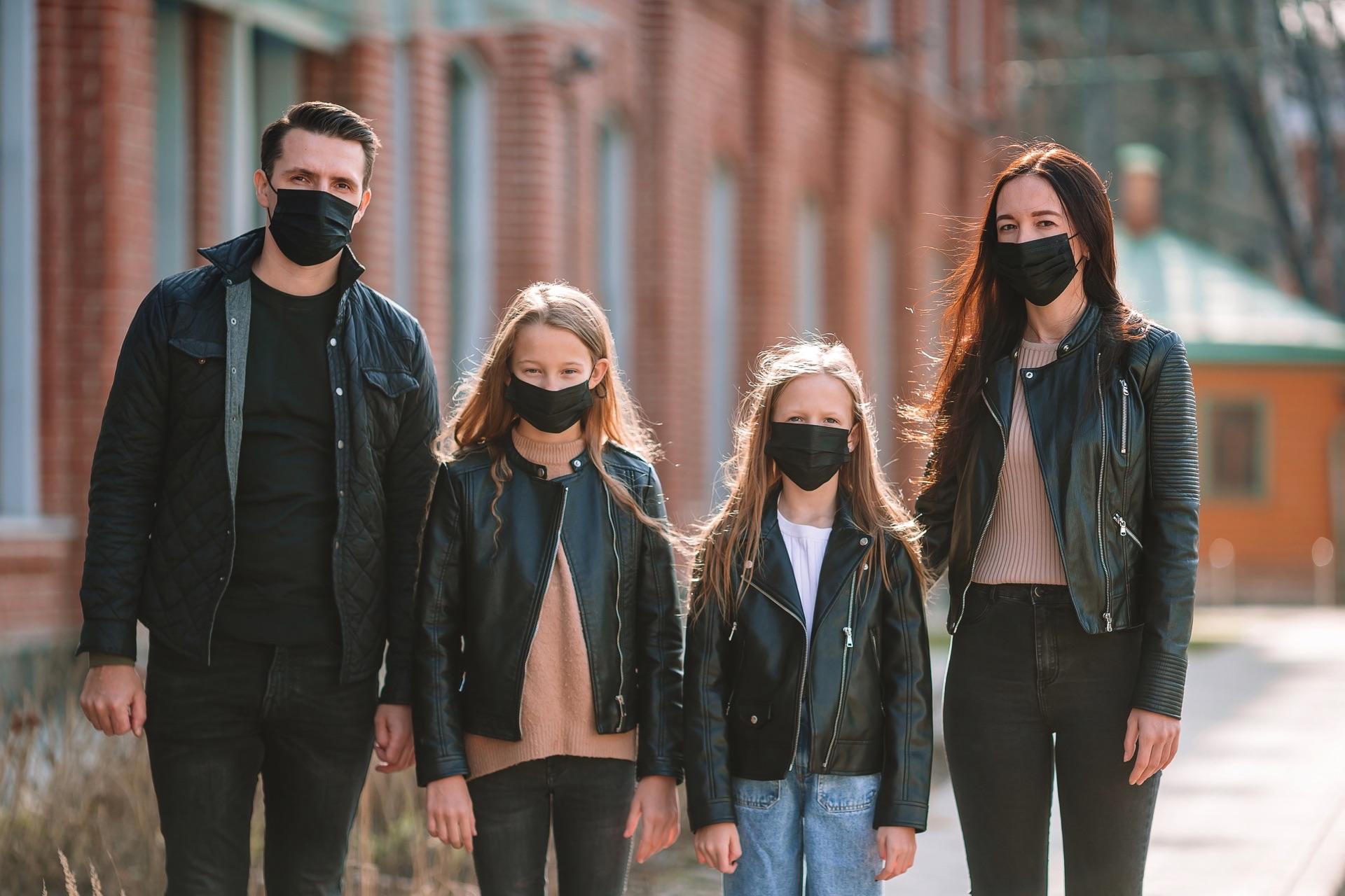 family-coronavirus